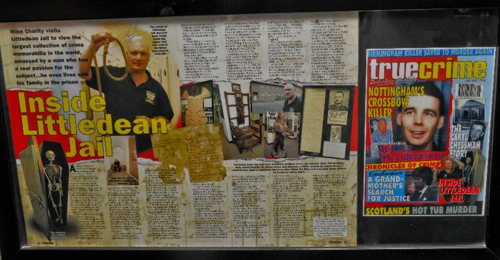 "THE ORIGINAL NOOSE USED BY JAMES BERRY ON THE FAILED EXECUTION ON THE MAN THEY COULD NOT HANG ....JOHN "" BABBACOMBE "" LEE.  ACQUIRED FROM AUCTION IN THE YEAR 2000 ALONG WITH FIRM LETTER OF PROVENANCE FROM JAMES BERRY STATING THAT NOT ONLY HAD IT BEEN USED ON LEE , THAT IT HAD ALSO BEEN USED FOR HIS FIRST EXECUTION IN 1884 . TO ALL OTHERS THAT CLAIM THEY HAVE THE ORIGINAL NOOSE USED ON LEE ....... SORRY BUT ITS HERE ON DISPLAY AT LITTLEDEAN JAIL ALONG WITH THE HANDWRITTEN AND SIGNED LETTER OF 03RD JULY 1897 FROM JAMES BERRY ' ON HIS HOME ADDRESSED LETTER HEADED PAPER"
