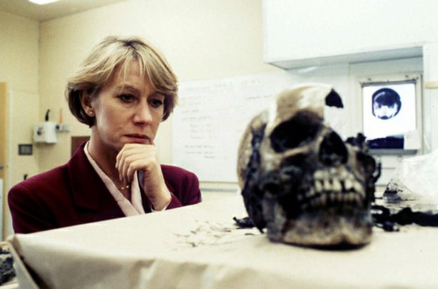 jane-tennison-and-skull