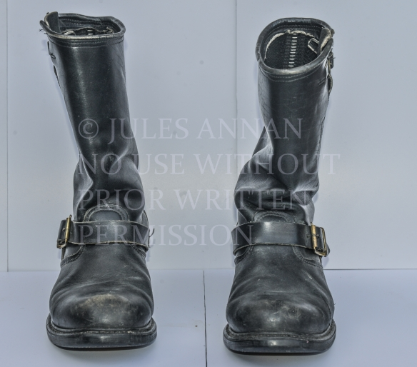 CLOSE UP IMAGE OF SID VICIOUS BOOTS