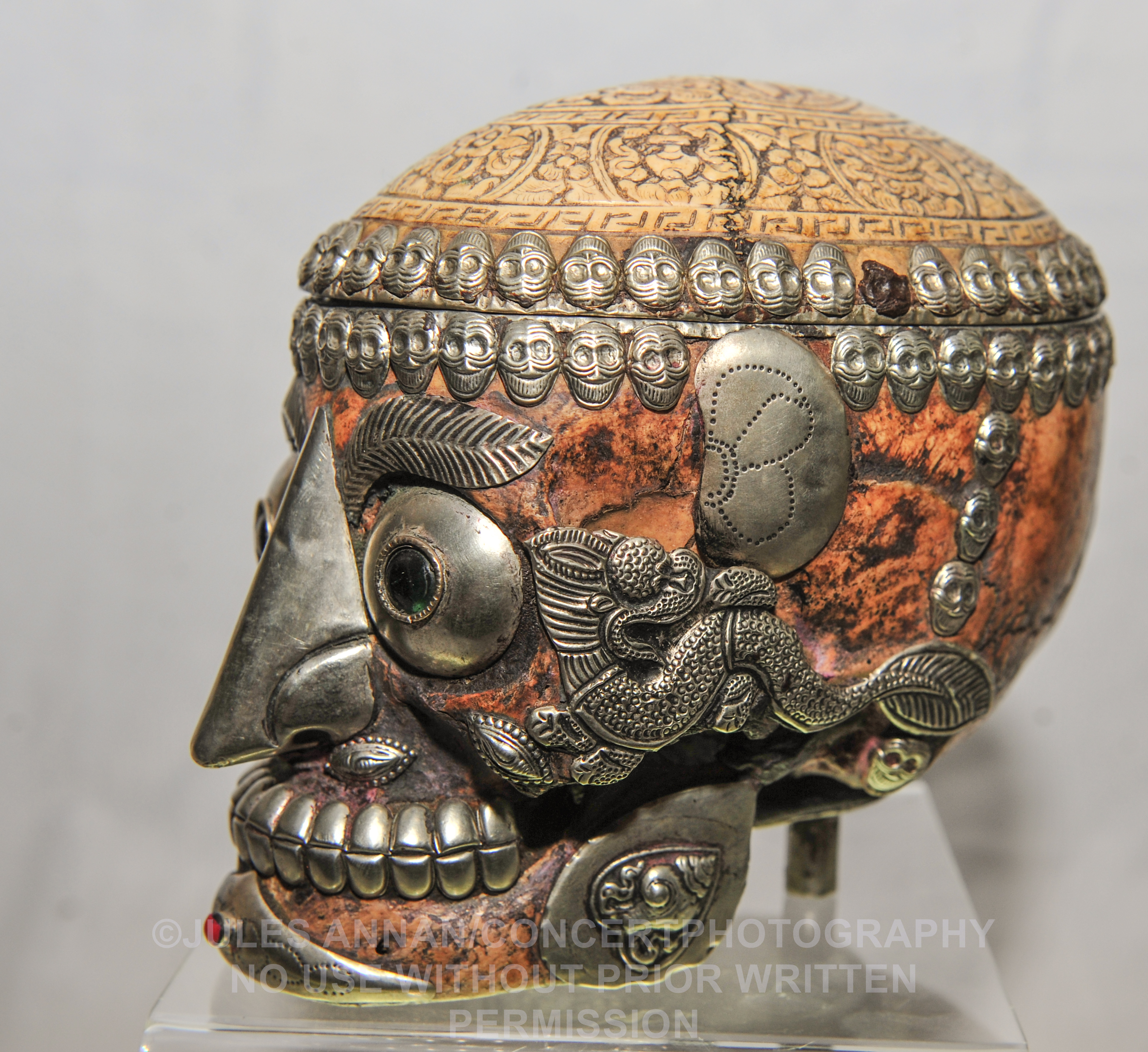 Very rare Tibetan Kapala human skull, used as a ceremonial drinking vessel for Tibetan ritual purposes to ward off evil spirits .